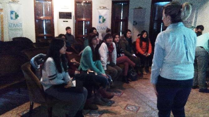 Dünya Gençleri Proje İçin İzmit'te