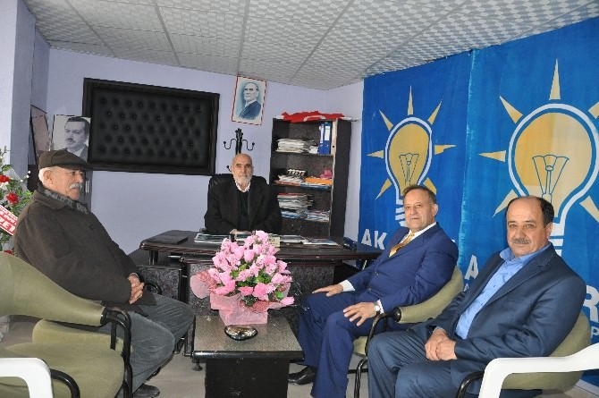 Özet, AK Parti Sincik Teşkilatını Ziyaret Etti