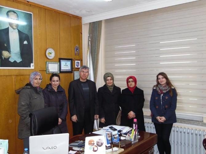 AK Parti İlçe Kadın Kolları'dan Başkan Sayın'a Ziyaret