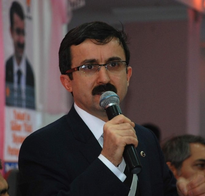 Başbakan Davutoğlu'nun Doktoru Aday Adaylığını Açıkladı