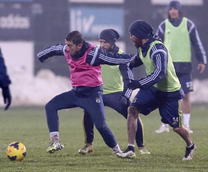 Fenerbahçe, Akhisar Belediyespor Maçı Hazırlıklarını Sürdürdü