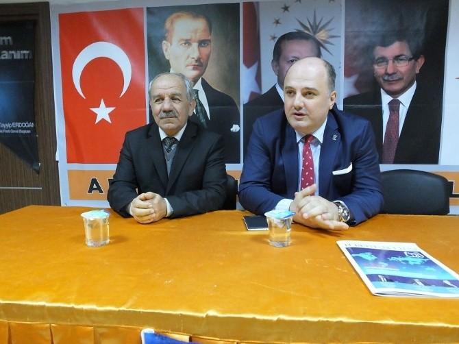 Milletvekili Aday Adayı Cihan Saraç AK Parti Arifiye İlçe Başkanlığını Ziyaret Etti