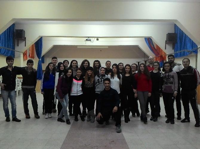 Karaman'da Halk Oyunları Kursları Büyük İlgi Görüyor