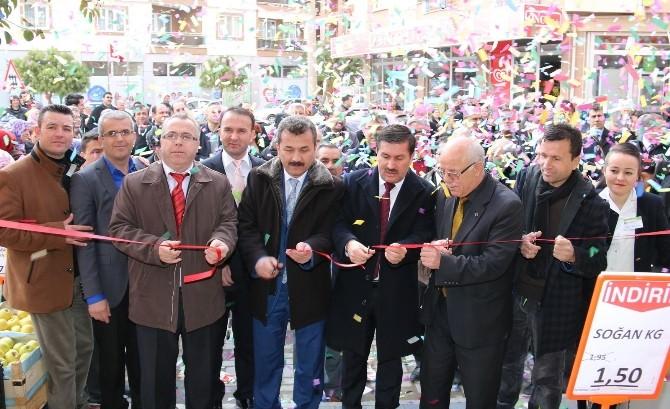 Yeşil Portakal'ın 17. Şubesi Saruhanlı'da Açıldı