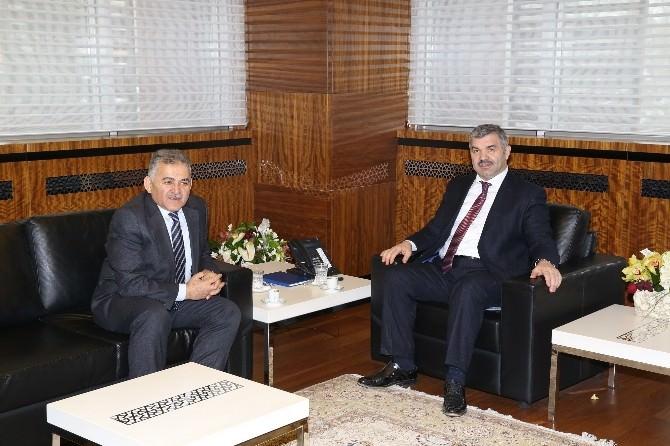 Başkan Büyükkılıç'tan 'Hayırlı Olsun' Ziyareti