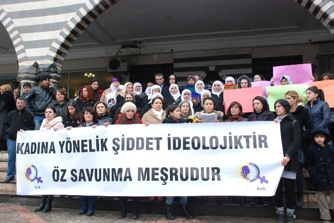 Kadınlardan Meclis'teki Kavgalara Sert Tepki