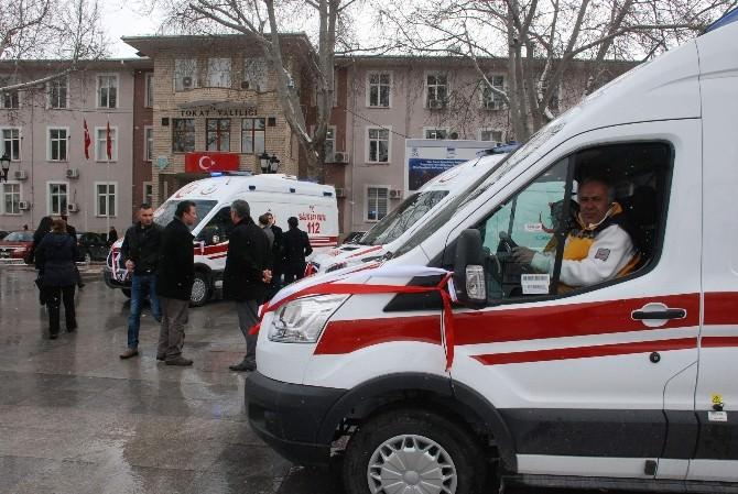Tokat'ta 7 Ambulans Törenle Hizmete Sunuldu