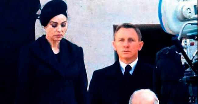 'Bond' yeniden İtalya'da