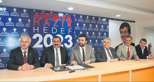 AK Parti'ye rekor başvuru