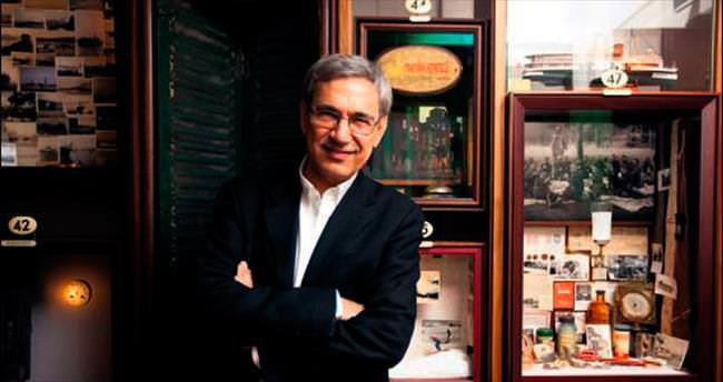 Erdoğan'ı eleştiren Pamuk, ödülü kaptı
