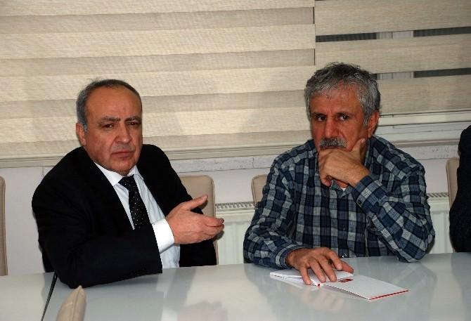 Dr. Nihat Özkan Seçim Çalışmalarına Devam Ediyor