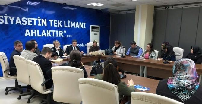 AK Partili Şükriye Burak'a İlçelerden Yoğun İlgi