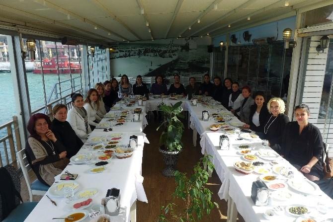 Kuşadalı Kadın Girişimciler Kahvaltıda Biraraya Geldi