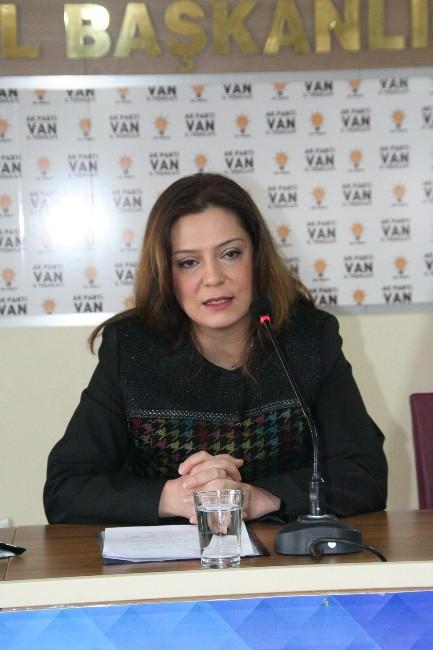 Özge Burak Değer, AK Parti Van Milletvekili Aday Adaylığı İçin Başvurusunu Yaptı