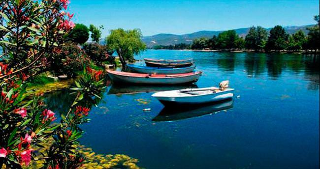 İznik Gölü kirlilikten arınıyor