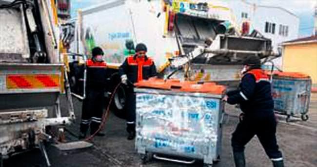 Çöp kamyonlarına dezenfekte tankı
