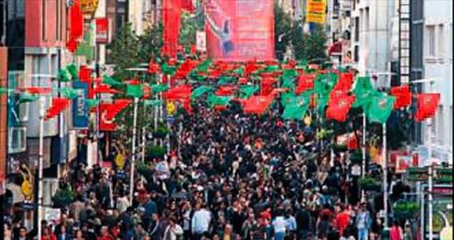 İzmir'e 124 bin kişi göç etti