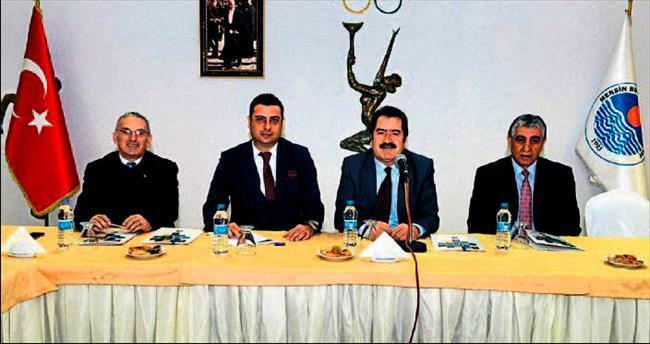 Mersin Büyükşehir'de spor çalıştayı toplandı