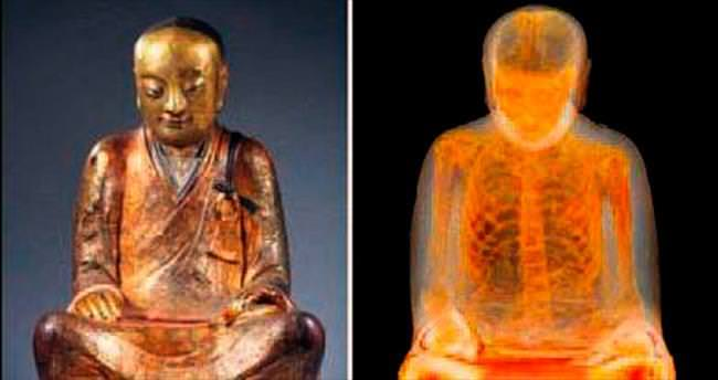 Buda heykelinin içinden mumya çıktı