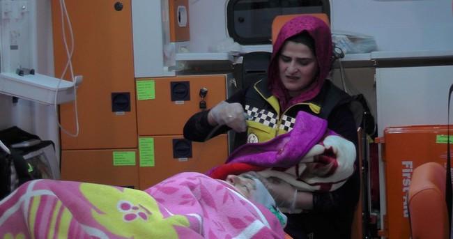Muşlu Ayaz ambulansta doğdu