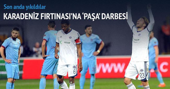 Trabzonspor son anda yıkıldı
