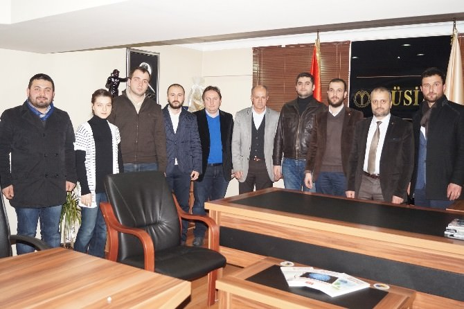 AK Parti Gençlik Kollarından MÜSİAD'a İstişare Ziyareti