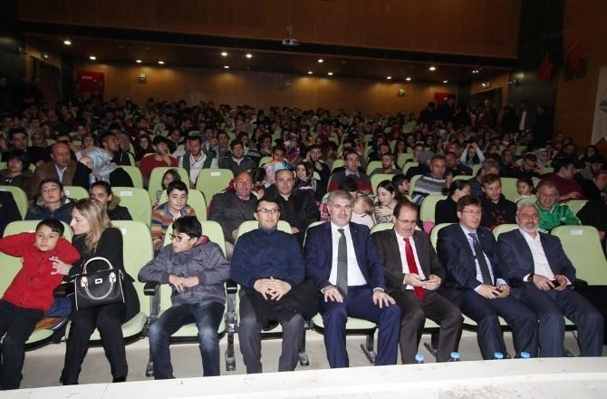 Bayburt Belediyesi Tiyatro Ekibi, Kırdı Geçirdi