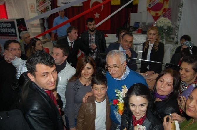 Ceyhan'da ''Geliştiren Aile Ortamı'' Konferansı