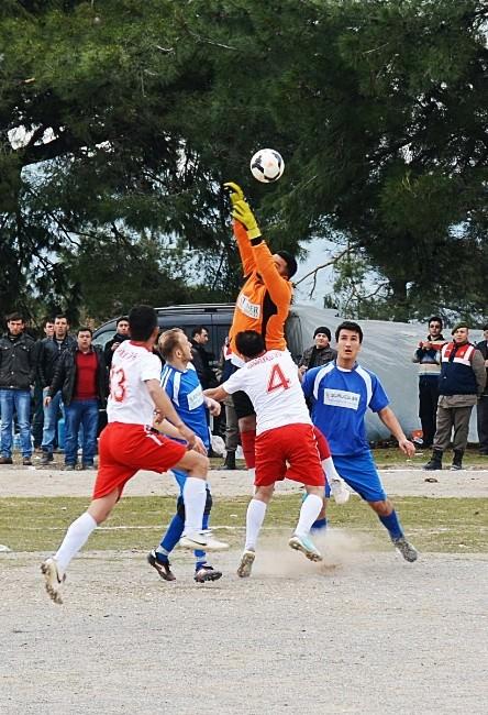 Yuntdağı Dostluk Futbol Turnuvası Yapıldı