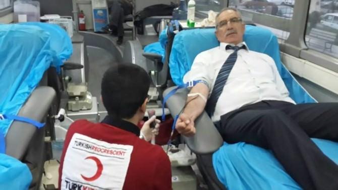 Başkan Kale'den Kan Bağışına Destek