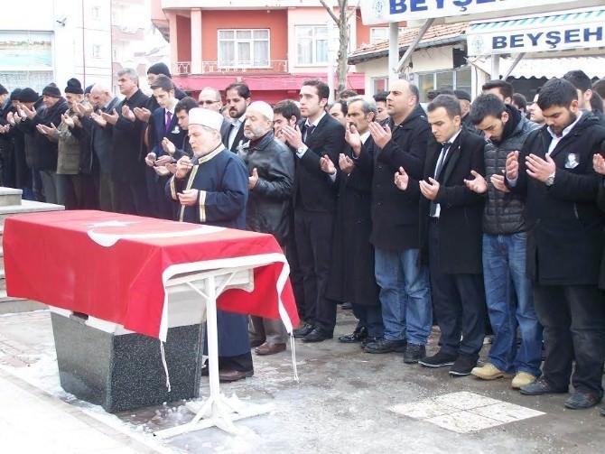 Beyşehir'de Çakıroğlu İçin Gıyabi Cenaze Namazı Kılındı