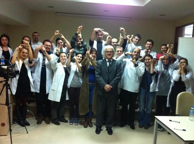 Hastane Çalışanları İşaret Dili Öğrenecek