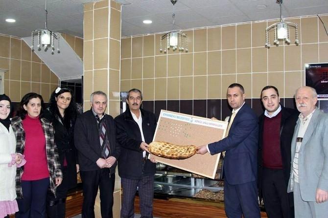 Cihanbeyli Belediyesi'nden Yoksul Vatandaşlara Ekmek Kampanyası