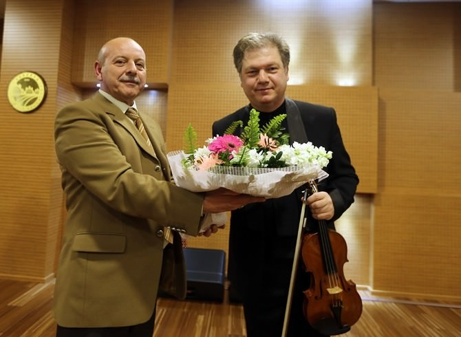 Taşkent'te Klasik Müzik Şöleni