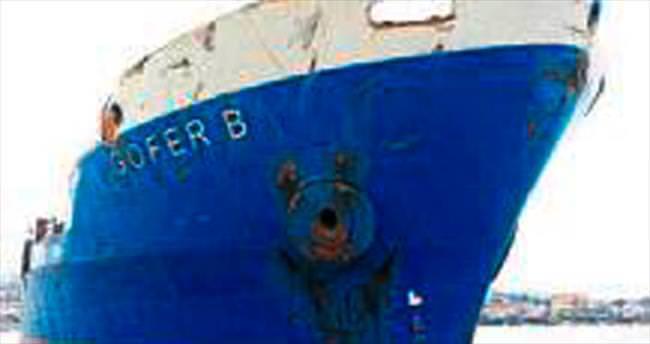 Sürüklenen 'Hayalet Gemi' kurtarılıyor