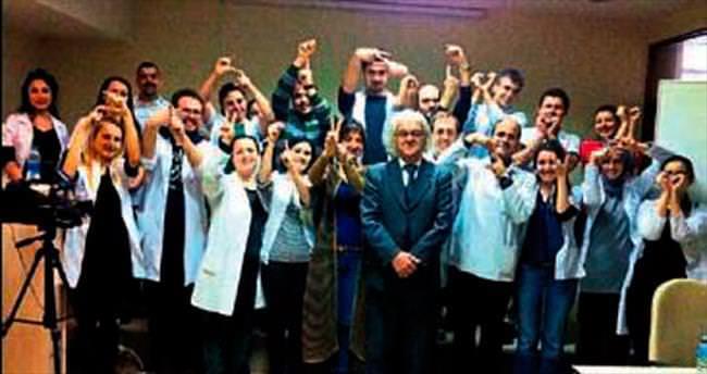 Tıp öğrencilerine işaret dili dersi