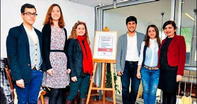 İşsiz gençler için Genç İşi Kooperatif