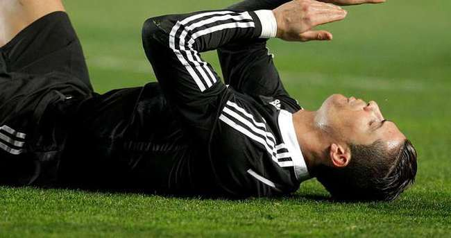 Ronaldo'ya Van Gaal'den veto!