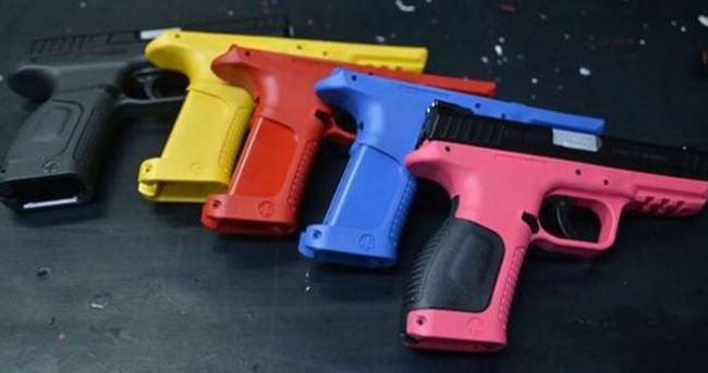 Kadınlara özel silah yapıldı