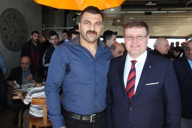"""Güney: """"Türk Pasaportu Çok Değerlendi"""""""