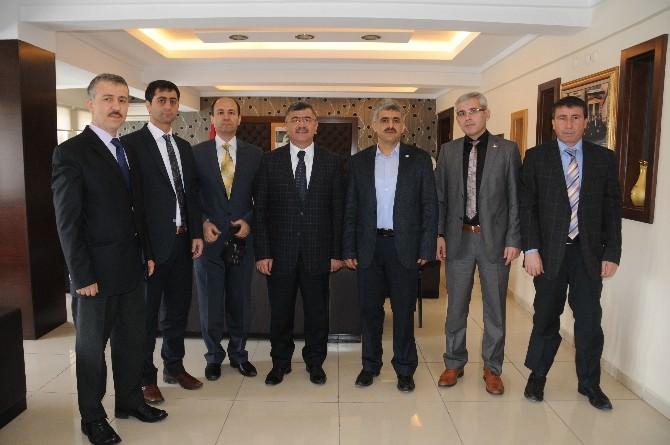 Eğitim-bir-sen'den Belediye Başkanı Akdoğan'a Ziyaret