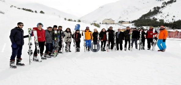ETÜ'de Temel Kayak Eğitimi Başladı