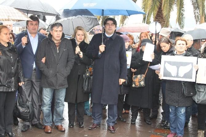 Foça'da Özgecan Protestosu