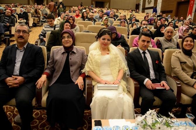 Meram'da Hayat Okulu Konferansla Başladı