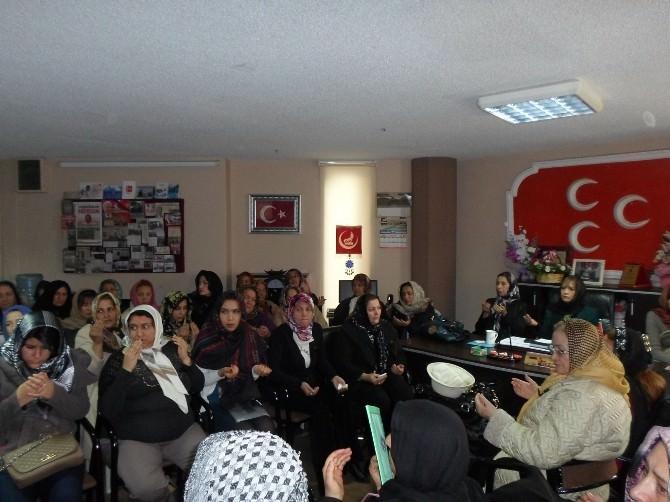 MHP'li Kadınlar, Öldürülen Gençler İçin Mevlit Okuttu