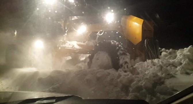 20 Öğrenci Kar Ve Tipide Mahsur Kaldı