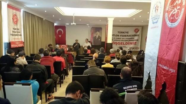 Triatlon Federasyonu TEK Görevli Gelişim Semineri Kuşadası'nda Yapıldı