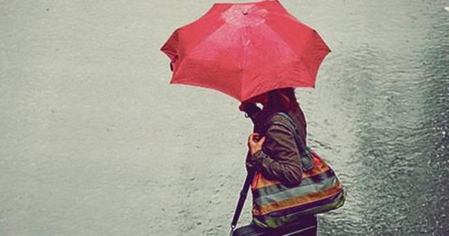 Çeşme'de kuvvetli yağış