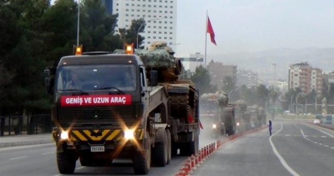 Suruç'ta askeri sevkiyat sürüyor