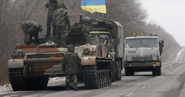 Ukrayna'da ateşkes uygulanmaya başlıyor